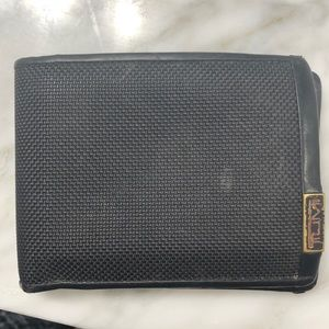 Men's Tumi wallet